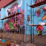 Festival Most Wanted en Gijón (del 24 al 26 de septiembre de 2010): el arte urbano del siglo XXI (2ª parte: el mural en fase de ejecución, con concierto de rap y exhibición de breakdance)